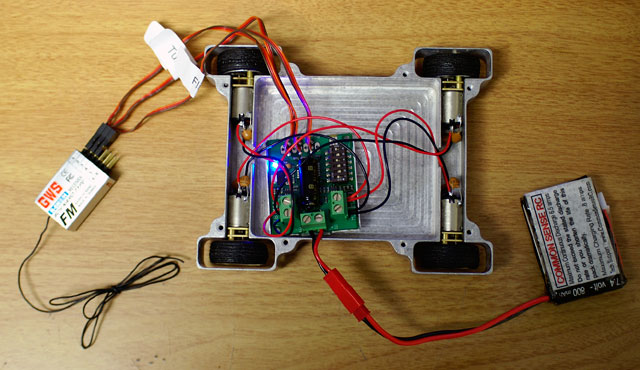 Building A Simple Antweight Rc Combat Robot With Sabertooth 2x5 Rc